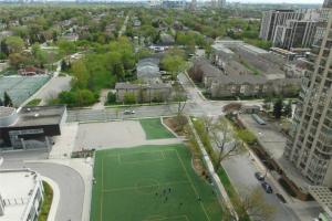 18 Spring Garden Ave E, Toronto