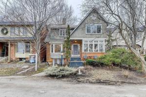 22 Glengrove Ave E, Toronto