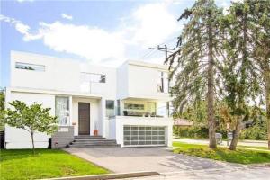 223 Elmhurst Ave, Toronto