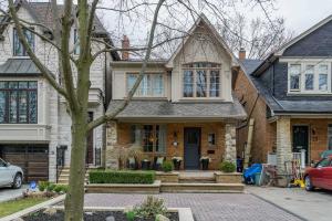 73 Deloraine Ave, Toronto