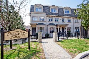 42 Mallingham Crt, Toronto