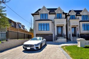 307 Finch Ave E, Toronto