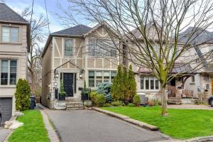 534 Castlefield Ave, Toronto