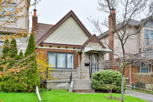 800 Millwood Rd, Toronto