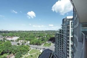 503 Beecroft Rd, Toronto