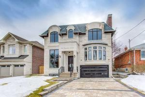 189 Hounslow Ave, Toronto