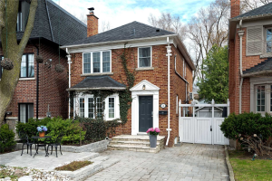 71 Rumsey Rd, Toronto