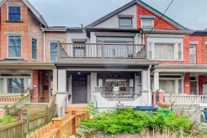 122 Brunswick Ave, Toronto