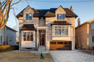 253 Poyntz Ave, Toronto
