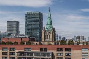 80 Front St E, Toronto