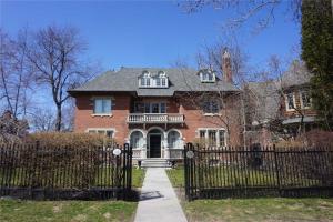 62 Maple Ave, Toronto