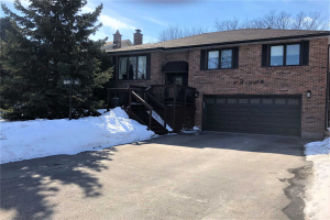 12 Bruntsfield St, Clarington