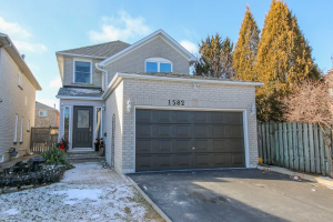 1582 Amberlea Rd, Pickering