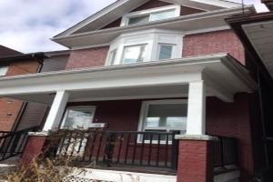 1320 Dundas St E, Toronto