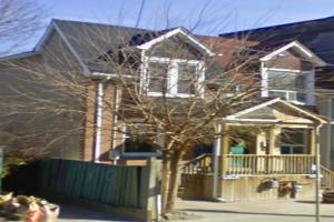 1822 Queen St E, Toronto