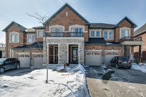55 Rimrock Cres, Whitby