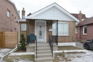302 Cosburn Ave, Toronto