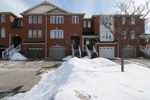 213 Old Harwood Ave, Ajax