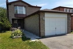 17 Chatfield Dr, Ajax