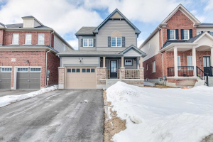 42 Fred Jackman Ave, Clarington