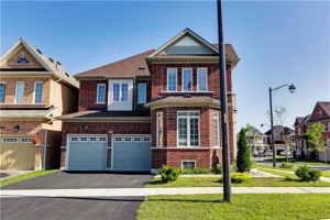 103 Oswell Dr, Ajax