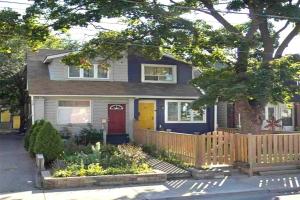 327 Coxwell Ave, Toronto