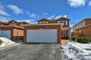 1648 Pepperwood Gate, Pickering