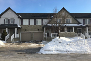 11 Haverhill Cres, Whitby