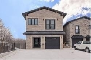 1494 Old Forest Rd, Pickering