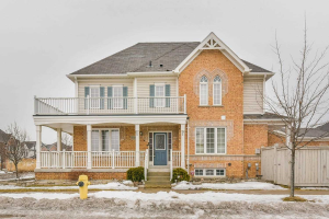133 Decourcy-Ireland Circ, Ajax