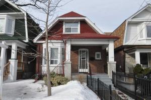 106 Chisholm Ave, Toronto