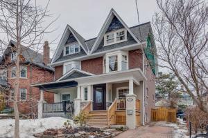 103 Lee Ave, Toronto