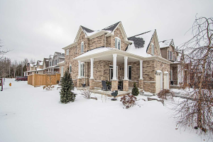 1 Elmer Adams Dr, Clarington