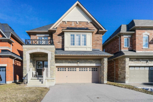 8 Mount Pleasant Ave, Whitby