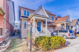 110 Carpendale Cres, Ajax