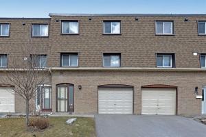 151 Lamoreaux Dr, Toronto