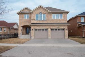 39 Myette Dr, Whitby