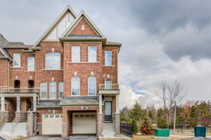 35 Graywardine Lane, Ajax