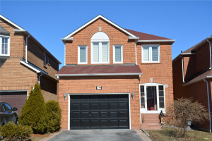 79 Booth Cres, Ajax