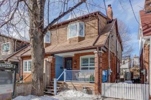 32 Hartford Ave, Toronto