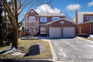 11 Brendanbrook Dr, Whitby