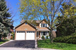 1815 Eastbank Rd, Pickering