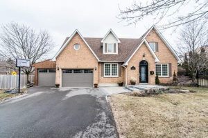 4 Hampstead Gate, Clarington