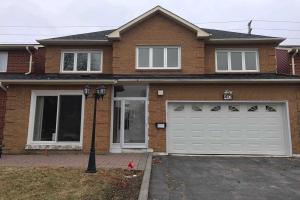 40 Carlingwood Crt, Toronto