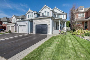 22 Wells Cres, Whitby