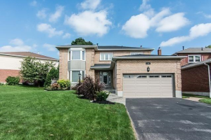 71 Bentonwood Cres, Whitby