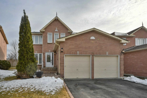 37 Willcocks Cres, Ajax