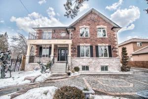 226 Morrish Rd, Toronto