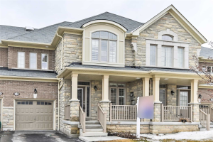 54 Chant Cres, Ajax