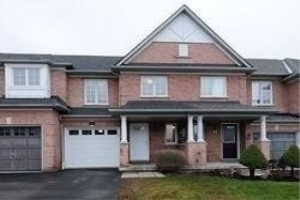 63 Cathedral Dr, Whitby